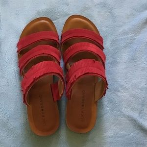 Lucky Brand red leather/suede fringed sandals, EUC